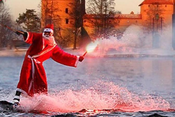 Žiemos švenčių metu Trakai taps Kalėdų senelių sostine