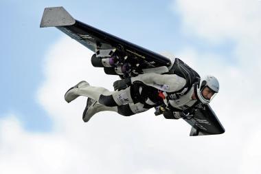 Lamanšą įveikė skrisdamas reaktyviniu sparnu