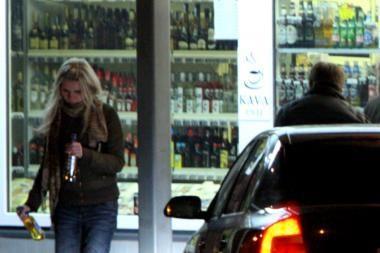 Už naktinę prekybą alkoholiu - 75 litų bauda