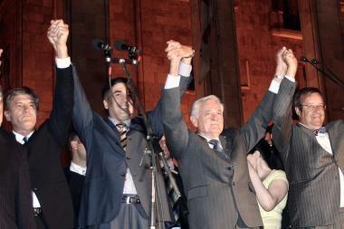 Visagalis Holivudas: atkurtas mitingas Tbilisio aikštėje su Baltijos šalių prezidentais
