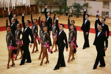 """""""Žuvėdros"""" šokėjai išvyko į Pasaulio čempionatą (video)"""