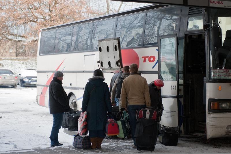 Ilgesnėms kelionėms autobusu - naujas reglamentas dėl keleivių teisių