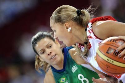 Rusijos krepšininkės tęsia pergalingą žygį