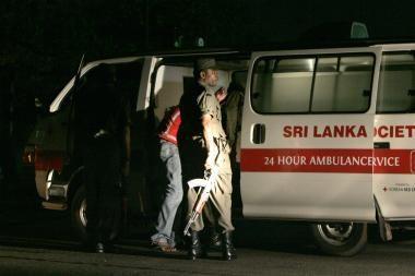 Sukilėlių lėktuvai atakavo Šri Lankos elektrinę