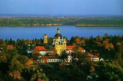 Kauno moksleiviai tapo Pažaislio vienuolyną