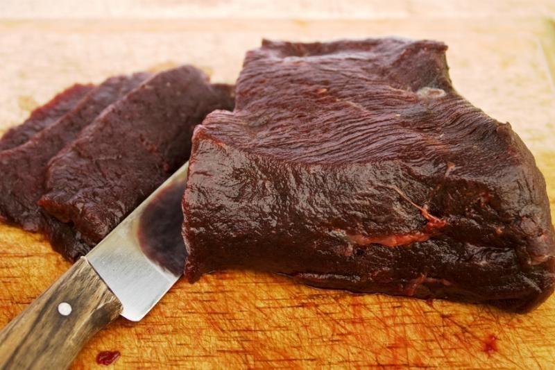 Amazon.com svetainėje prekiaujama banginio mėsa