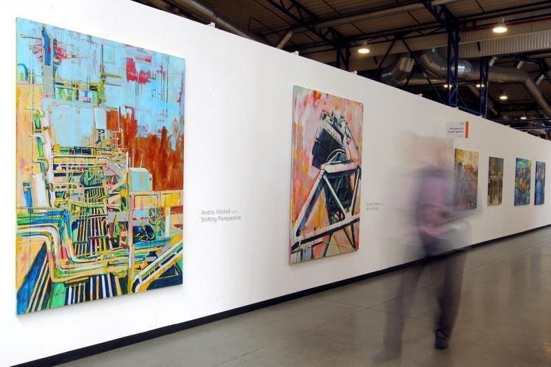Šiuolaikinio meno mugę
