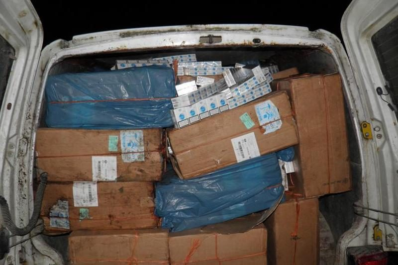 Pasienyje sulaikytas didelis kontrabandinių cigarečių krovinys