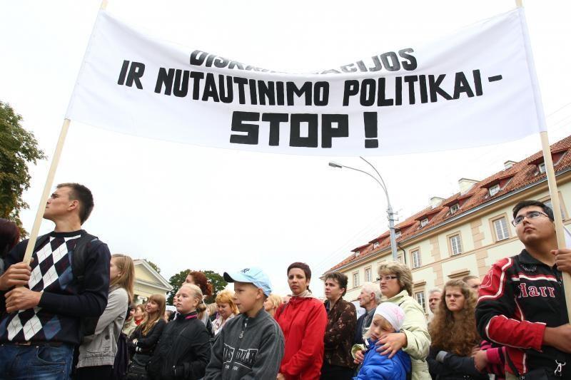 Vilniaus rajono savivaldybė: grėsmės lietuviškoms mokykloms nėra