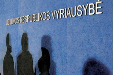 Opozicija sieks nuversti tris ministrus