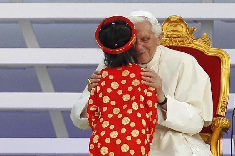 Popiežius: šeimos vertybės yra oazė karštligiškoje visuomenėje