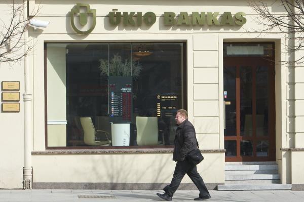Ūkio banko vadovai: bankas laikosi visų Lietuvos įstatymų