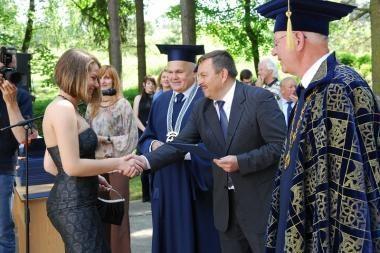 VGTU absolventams diplomus įteikė Vilniaus meras