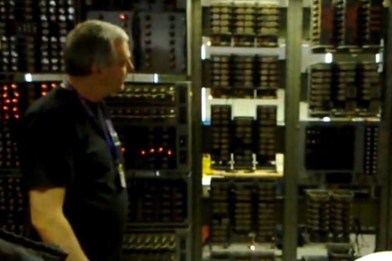 Kaip atrodo seniausias pasaulyje veikiantis kompiuteris?