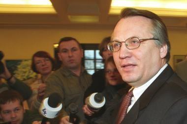 M.Laurinkus: klausiau R.Pakso dėl įtariamų teroristų atvežimo