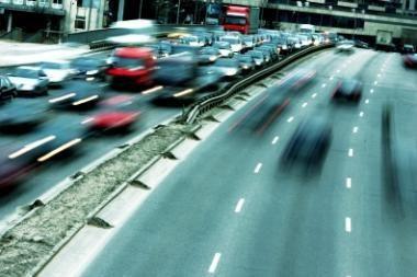 Ekspertai: eismo koridoriai Vilniuje taupo vairuotojų laiką ir pinigus