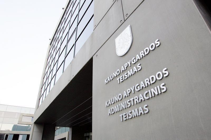 Kyšių reikalavę Alytaus policininkai nubausti 10 tūkst. litų baudomis