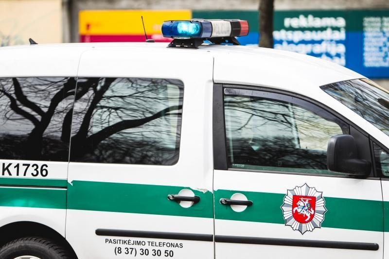 Policija sulaikė du vyrus, kurie mirtinai sužalojo 30-metį