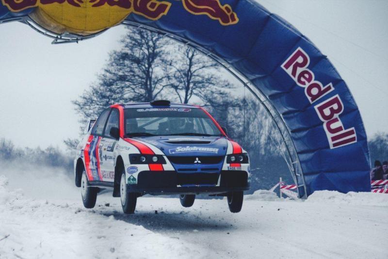"""""""Halls Winter Rally 2013"""" nugalėjo D. Jociaus ekipažas"""
