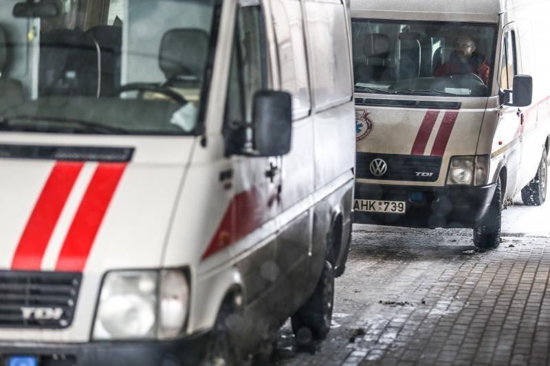 Jurbarke automobilius vežantis sunkvežimis prispaudė žmogų