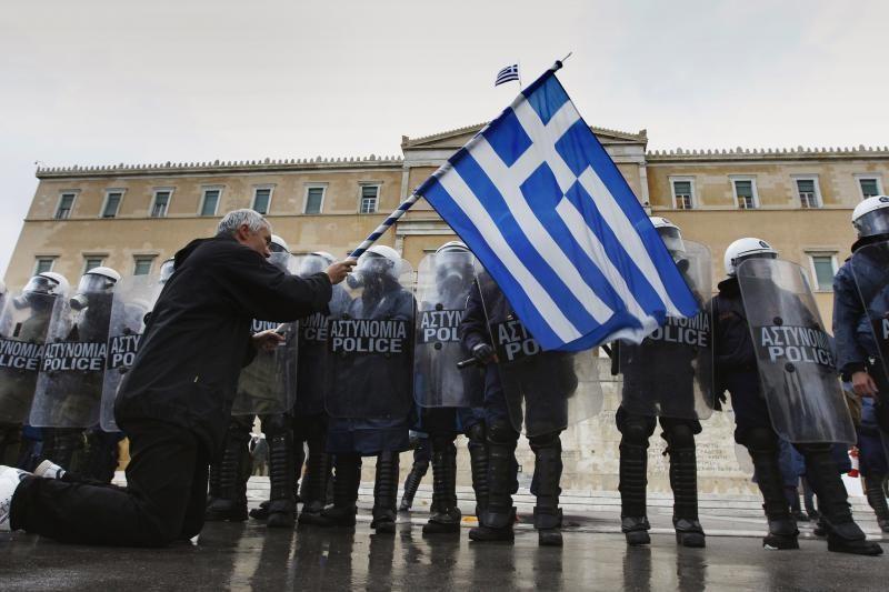 Europa laukia rinkimų krizės apimtoje Graikijoje