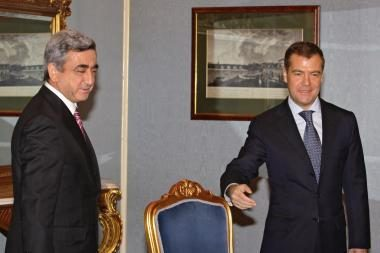 Konfliktuojančių šalių lyderiai susitiks Maskvoje