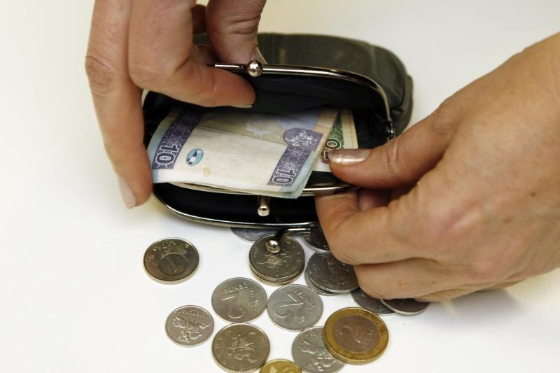 VMI aiškinasi, kodėl 280 tūkst. dirbančiųjų gauna mažiau nei 800 litų
