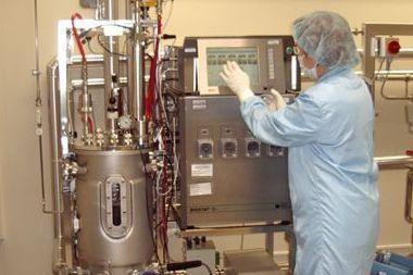 """""""Sicor Biotech"""" plečia biofarmacinių produktų gamyklą"""
