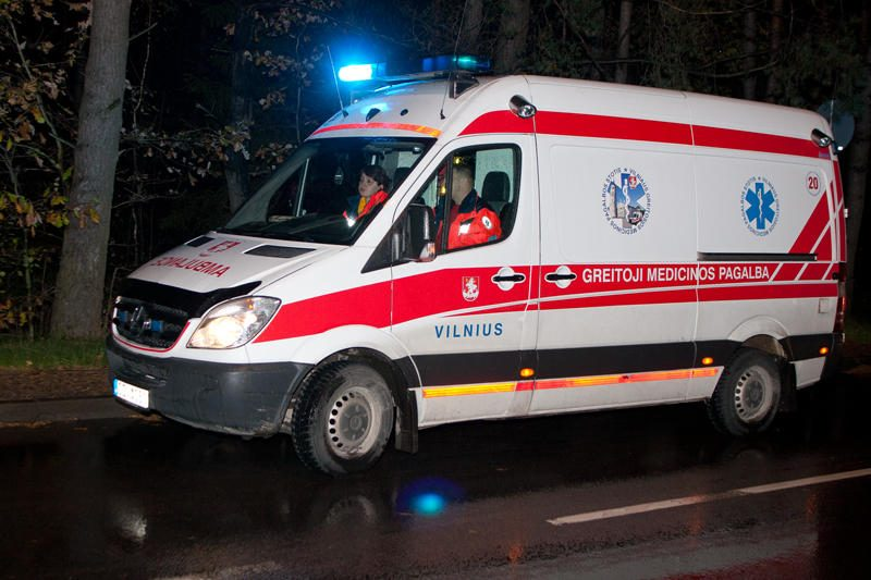 Marijampolės ligoninėje mirė automobilio partrenktas vyras