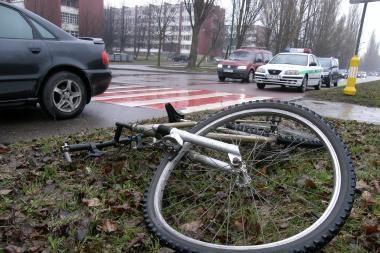 Mirtis dviratininko laukė pėsčiųjų perėjoje