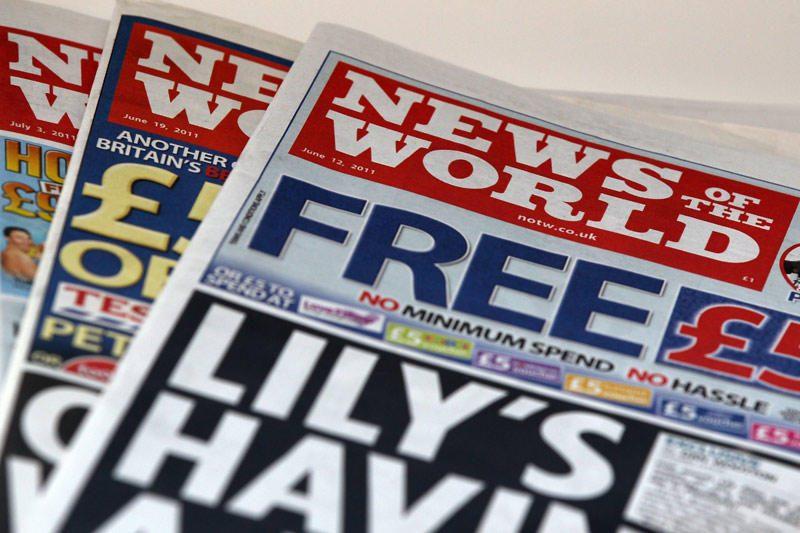 Britanijoje šnipinėjimu kaltinama buvusi laikraščio redaktorė