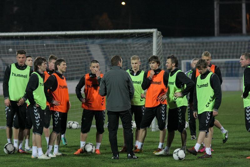 Albanijoje – priverstiniai Lietuvos futbolo rinktinės eksperimentai