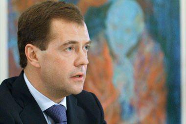 Medvedevas Irano lyderį įtikinėjo tęsti taikią Irano branduolinę programą