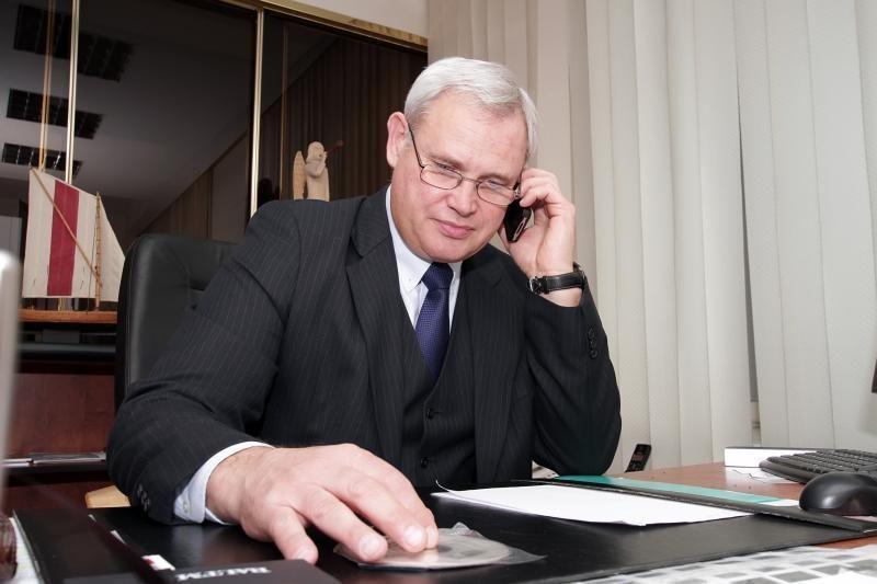 Klaipėdos miesto meras gyventojams teikia psichologinę pagalbą