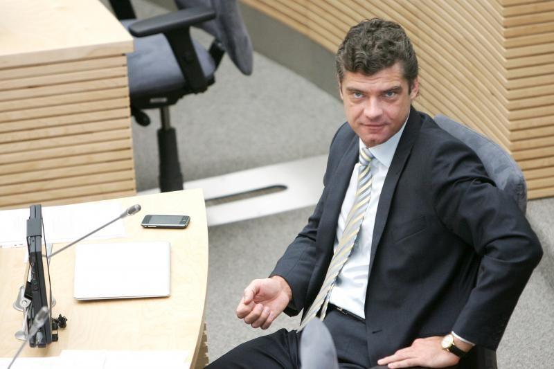 Seimo šokėjas Ž.Šilgalis neteko posto parlamente