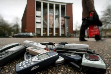 """Mobiliųjų telefonų """"istorinė transformacija"""""""
