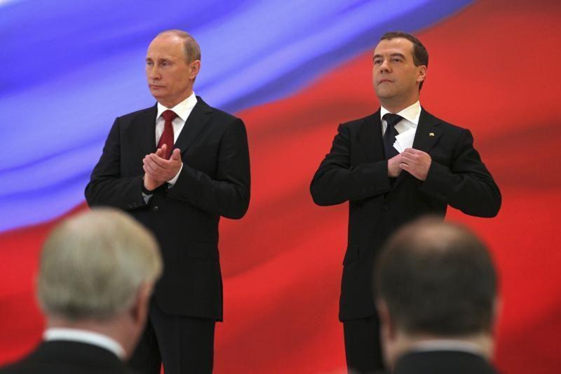 """V.Putino siūlymu D.Medvedevas tapo """"Vieningosios Rusijos"""" pirmininku"""