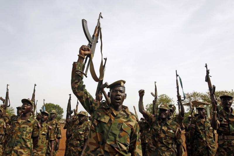 Sudano karo lėktuvai bombardavo Pietų Sudano miestą