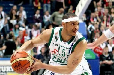 Už nuopelnus krepšiniui M.Brownas bus pagerbtas JAV universitete