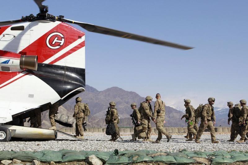 Afganistano armijos uniformą vilkėjęs užpuolikas nukovė 2 britų karius