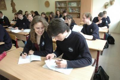 Lapkričio 14-ąją mokyklos minės Tolerancijos dieną