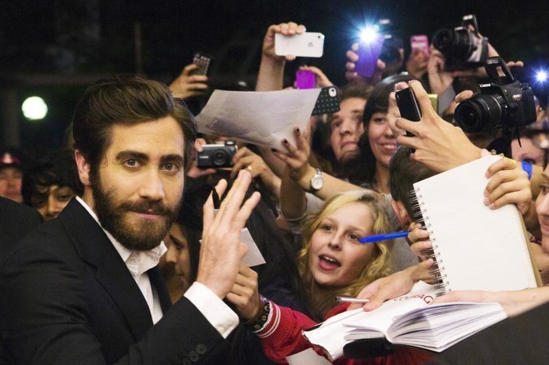 """J. Gyllenhaalas susitikinėja su """"Sports Illustrated"""" gražuole (foto)"""