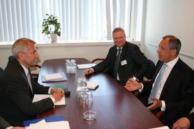 V.Ušackas ir S.Lavrovas: reikia kurti palankesnę politinę tarpusavio atmosferą