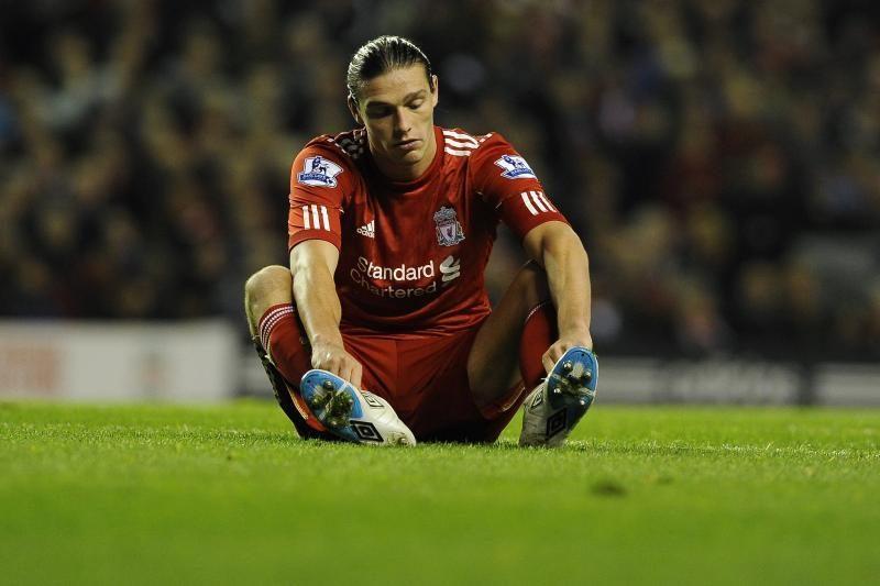 """""""Liverpool"""" treneris:vidutinybės gaunančios milijonus - žaloja futbolą"""