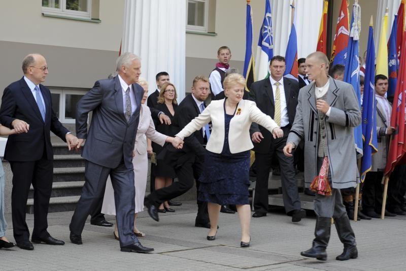"Tarp ""Lietuvos spaudos fotografijos"" finalininkų ir VD fotografė"
