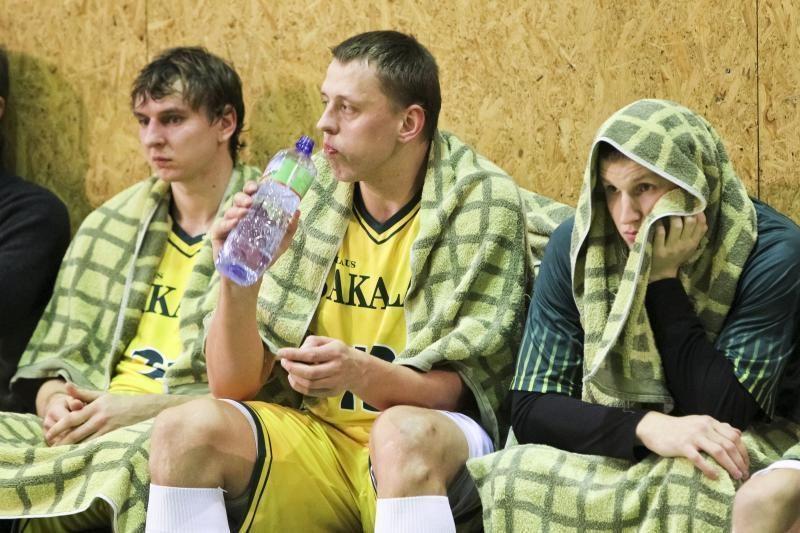 Skunde LKF – gramatinės klaidos, kalbos apie sergantį krepšinį