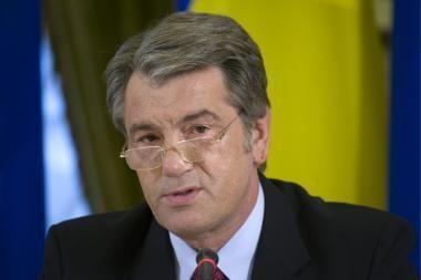 V.Juščenka siūlo V.Janukovyčiui partnerystę