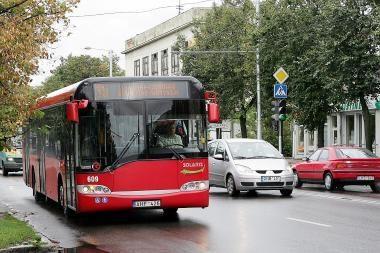 Autobusų ir troleibusų bilietus siūloma branginti iki 1,7 lito