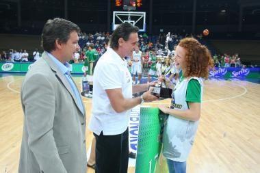 17 tūkst. litų krepšinio stipendija - D. Belickaitei