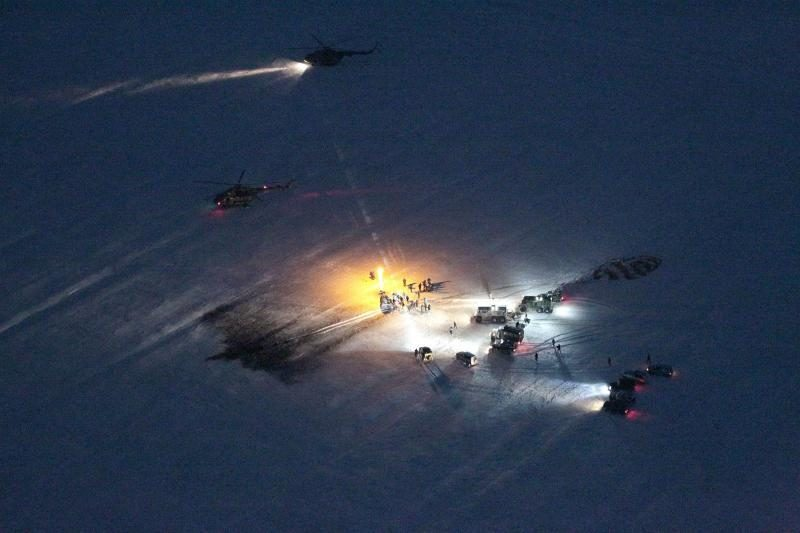 Rusijos kosminė kapsulė parskraidino į Žemę tris TKS įgulą (foto)